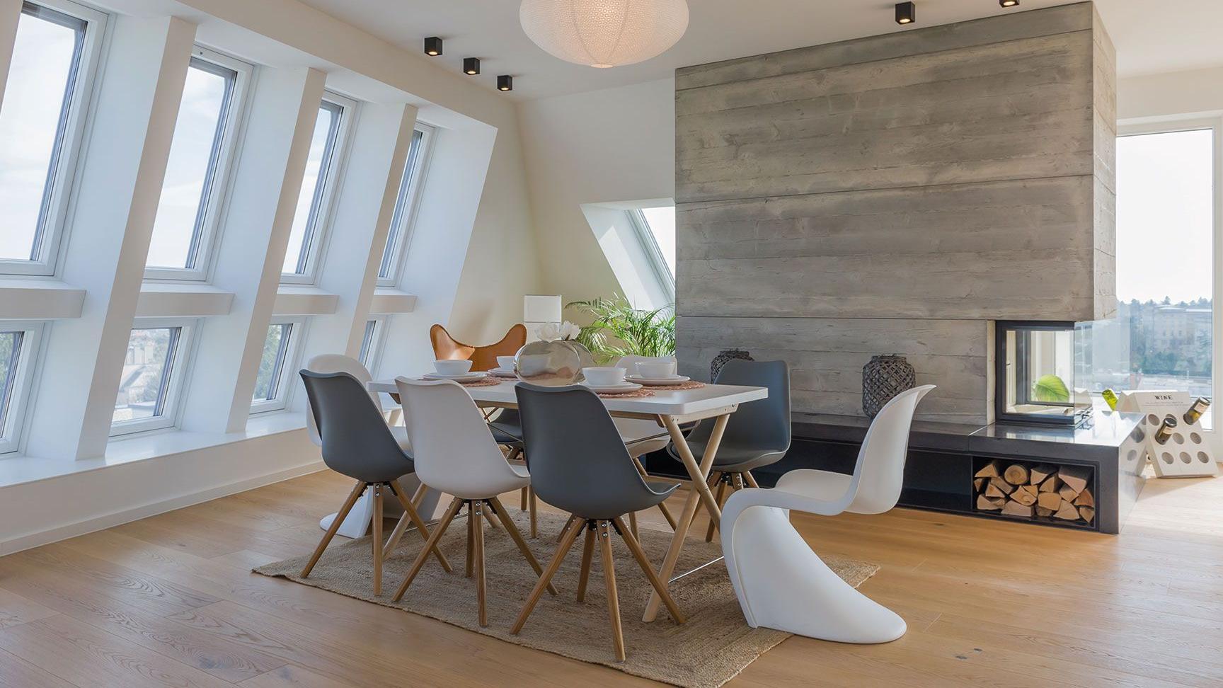 Casaroto premium i rivenditori di fiducia di roto frank italia for Roto finestre da tetto